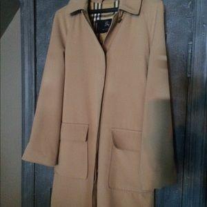 Burberry ladies rain coat